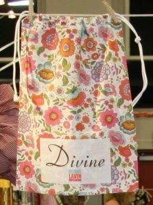 Divine bag