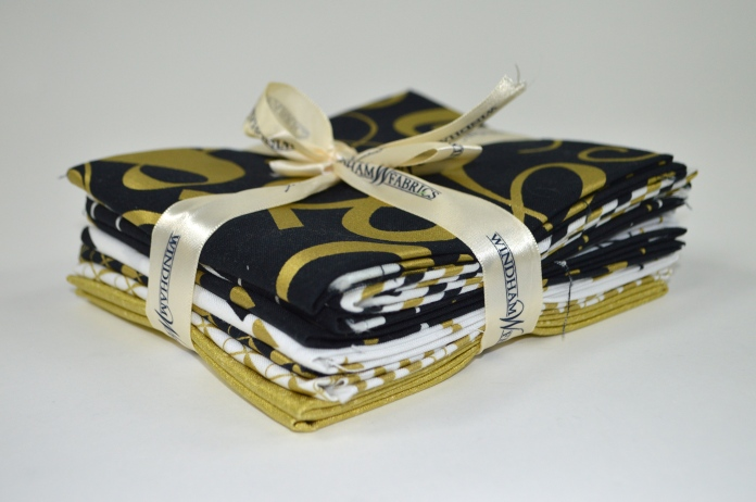 Fat Quarter bundle of Bold and Gold