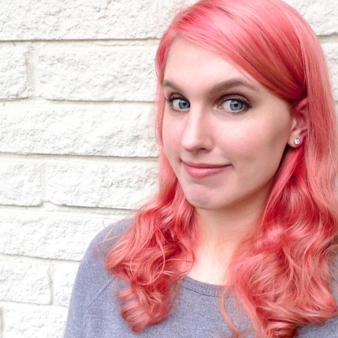 felice_regina_pink